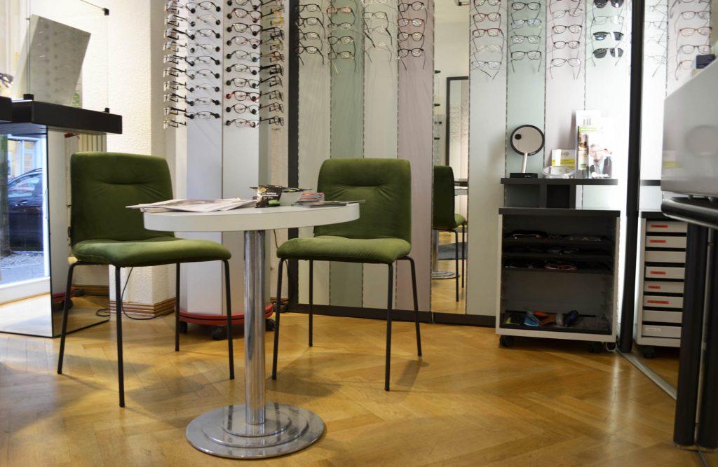 Hier, die Beratungsstelle beim Optiker in Moabit. Für den besten Service